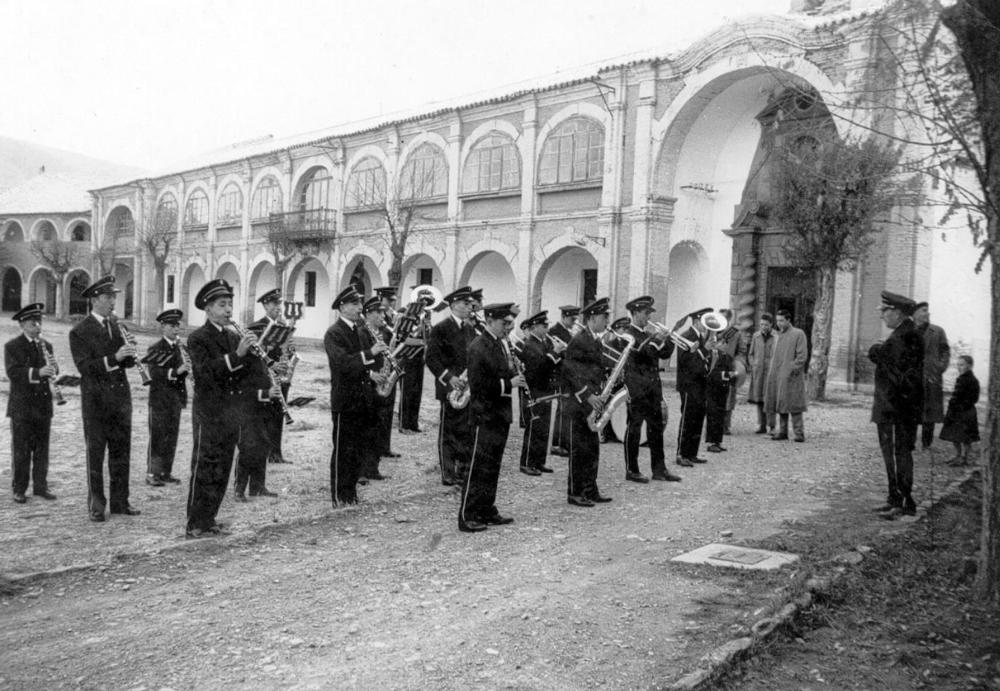 1950_1960---Banda-en-ciudadela
