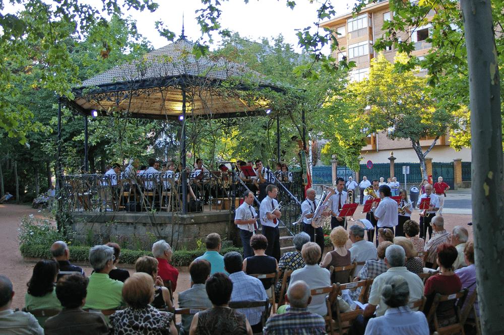 2007---festival-folclorico-concierto-quiosco-2