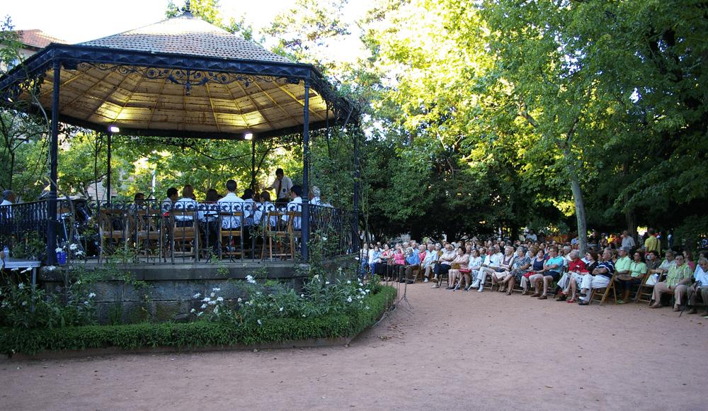 2007---festival-folclorico-concierto-quiosco