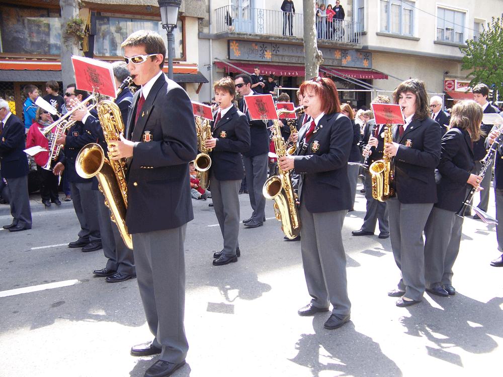 2010---viernes-de-mayo-desfile-3