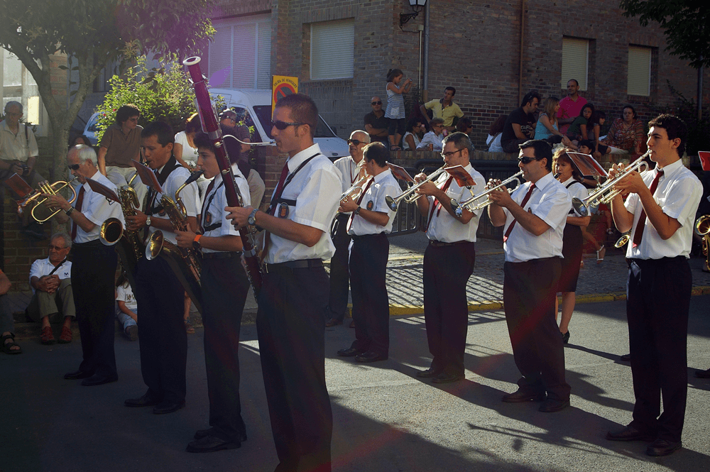 2011---desfile-festival-folclorico-2