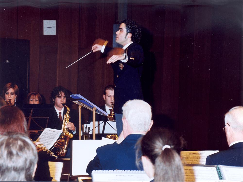 2003---primer-concierto-toma-posesión-cargo-Rafa