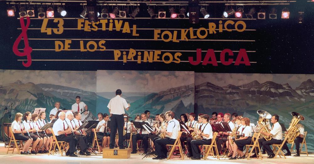 2005---festival--folklórico